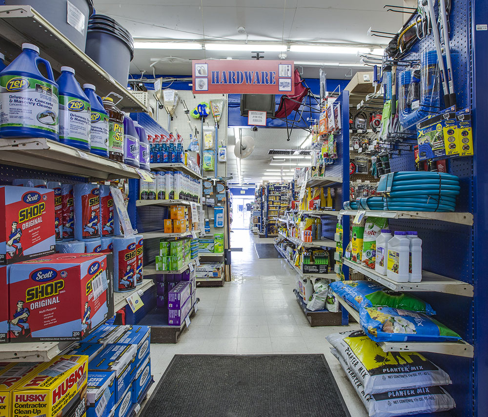 Tashman Hardware Store Log Angeles | Garden Supplies