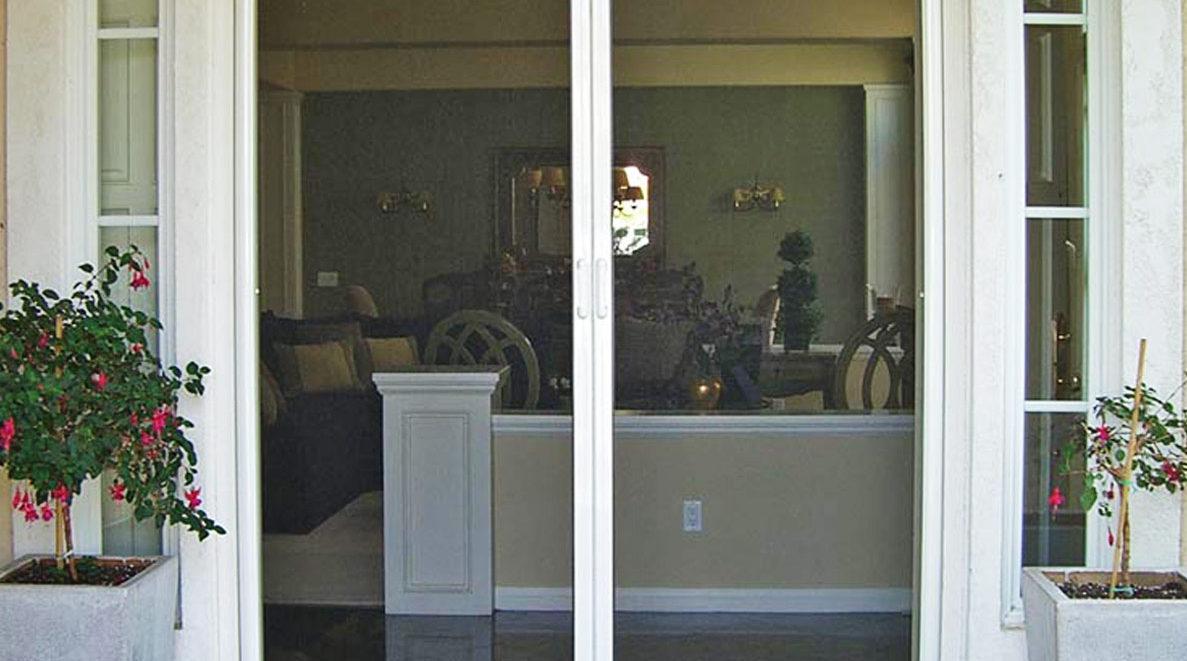 Clearview retractable screen doors